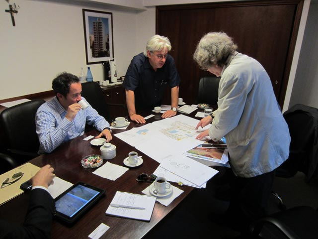 Prestigious architects from Argentina and UK meet in Buenos Aires.